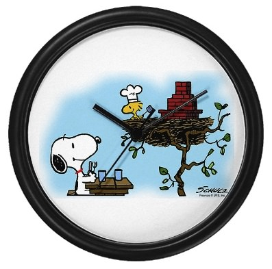Order up a clock with Snoopy and Woodstock
