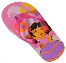 Dora goes to the beach