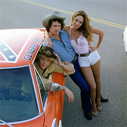 Dukes of Hazzard (TV) Publicity Shot - The Duke Family from the WB Photo Collection