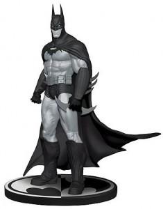 Batman Arkham Asylum Statue