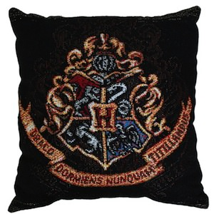 A Hogwarts Crest on a real Harry Potter pillow
