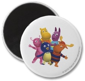 All the Backyardigans on one cool fridge magnet