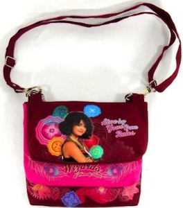Wizards of Weaverly Place hand bag with Alex Russo