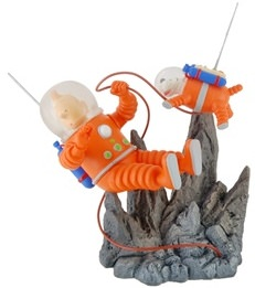 Tintin explorers on the moon statue