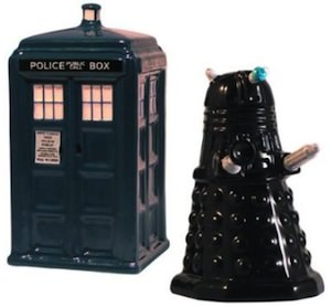 Doctor Who Tardis And Dalek Salt And Pepper Shaker Set