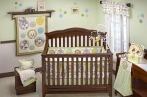 Baby Looney Tunes 4 Piece Crib Set